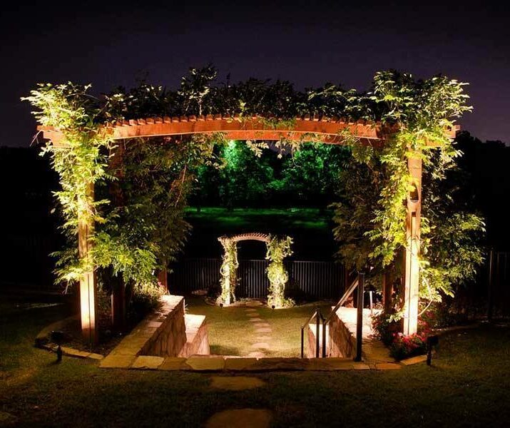 event landscaping lighting arch by The Perfect Light